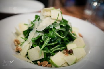 """The """"Verde"""" salad with arugula, ontario granny smith apples, toasted walnuts, parmesan, champagne-pear vinaigrette"""