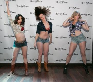 Spurlesque dancers