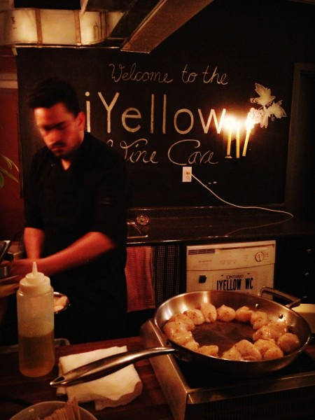 Sliced Gourmet preparing the seared scallops