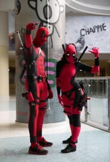 A pair of Deadpools