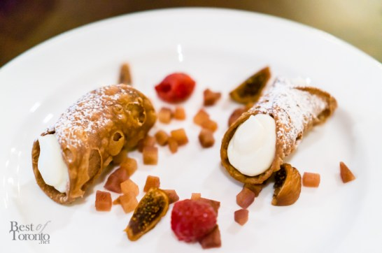 Traditional Sicilian Cannoli - with Sweet Ricotta Filling | Photo: John Tan