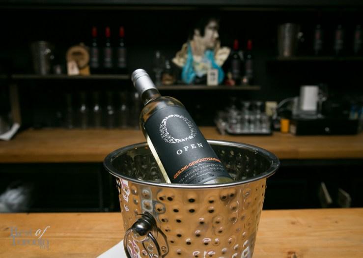 Open-Wines-Media-Tasting-Party-BestOfToronto-2015-027
