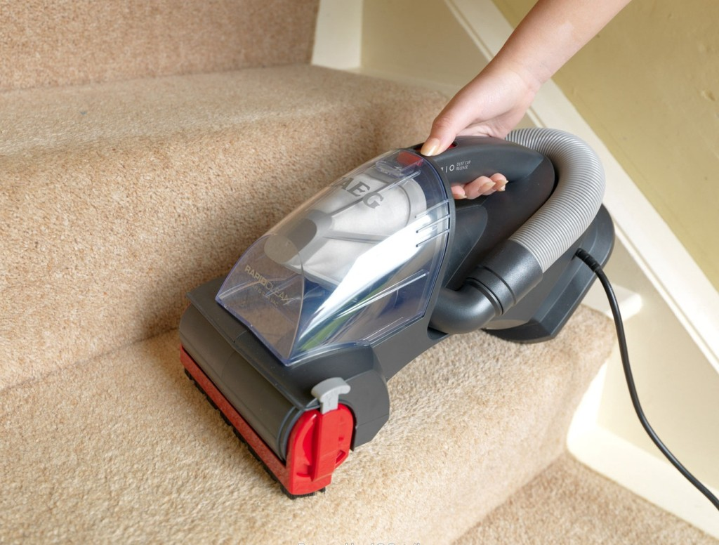 Best Vacuum For Stairs Top Rated Carpeted And Hardwood