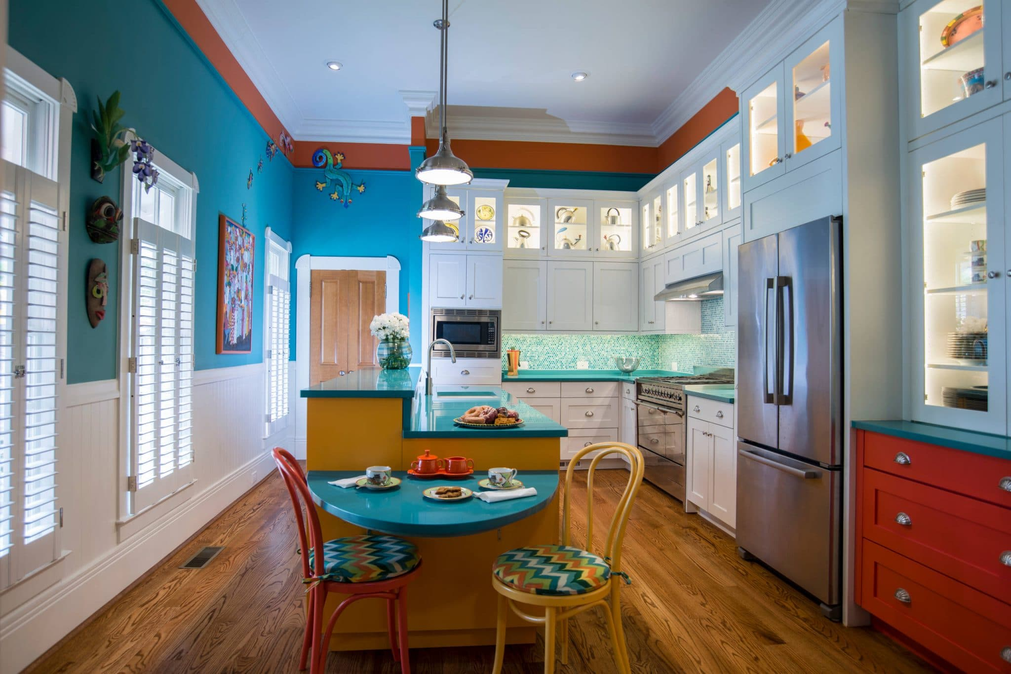 colors of kitchen cabinets stonewall coupons best to use for online white shaker blue eclectic wild