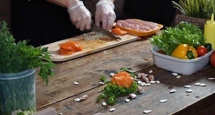 Food Safety and Hygiene in the Catering Industry – Free Course