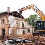Learn About The Risks Involved In Demolition Work – A Free Course