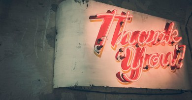 How to Give Thanks to Employees Without Breaking the Bank
