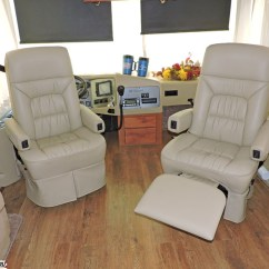 2 Seat Electric Recliner Sofa Large Sectional Sofas For Sale 2007 Monaco Knight Diesel W / 3 Slides Wood Floors Warranty