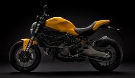 Ducati-Monster-821-Yellow_1