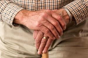 Jo joka kymmenes uusi syöpä todetaan 85 vuotta täyttäneillä