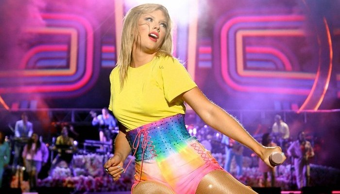 Taylor Swift Knows How to Start Pride Month
