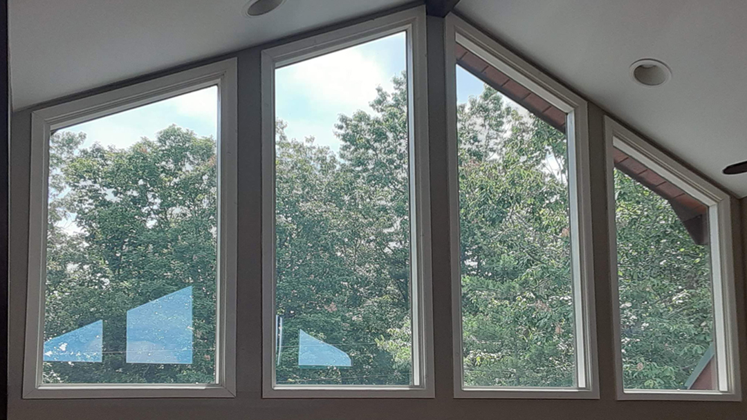 Best Solar Control removes the glare with window tint
