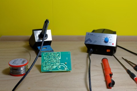 Tools for soldering circuit board