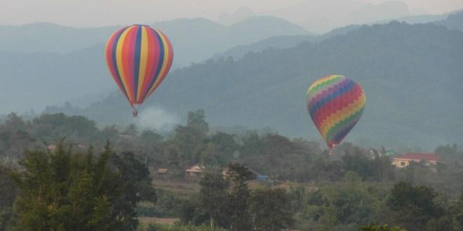 Laos Heissluftballon Vang Vieng
