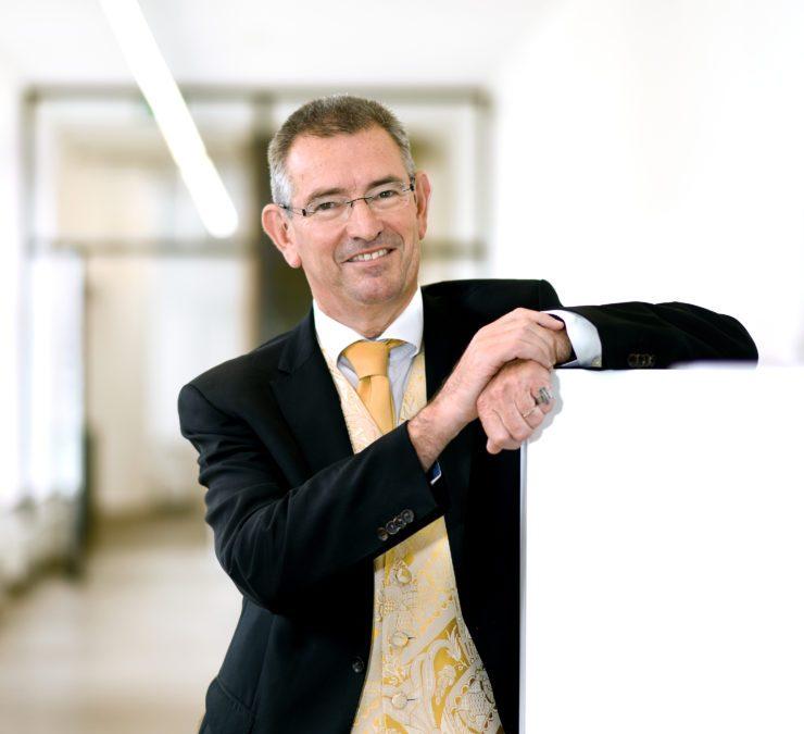 Bestuurskundige Erik Hans Klijn ontvangt eredoctoraat Universiteit Gent