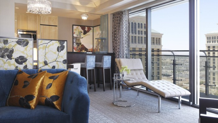 2 bedroom suites in las vegas for 4 for 6 or more las vegas suites