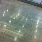 Natuursteen vloer impregneren – bescherm natuurstenen vloeren tegen vlekken