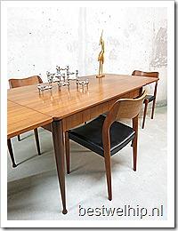 Danish dinner table vintage eetkamertafel Deense stijl