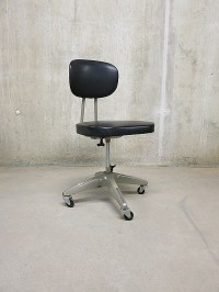 Vintage industrial desk chair, bureaustoel industrieel