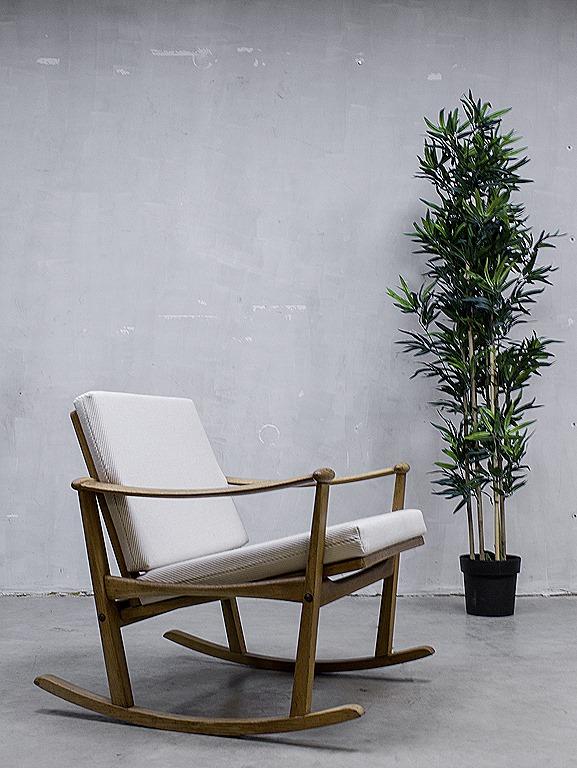 Mid century design rocking chair Finn Juhl schommelstoel