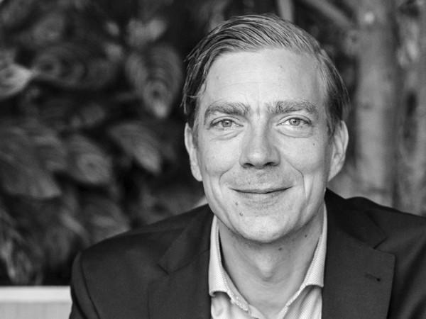 """Derk Loorbach: """"We moeten vooruitstruikelen"""""""