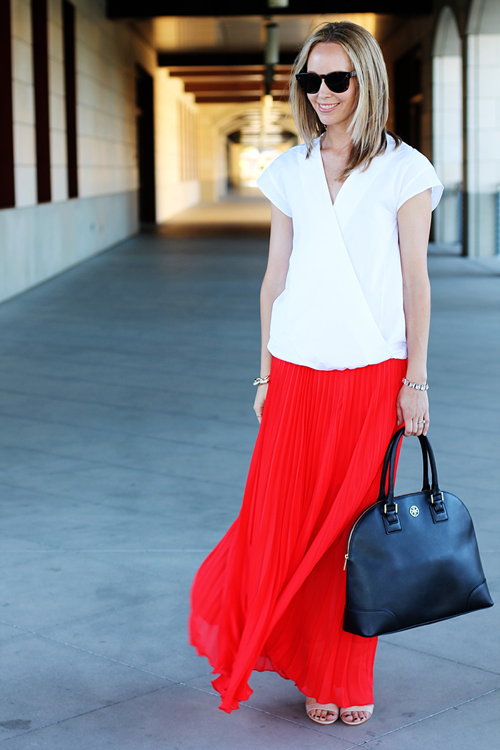 Tory Burch Robinson Dome, black Tory Burch bag, cross over shirt, v neck blouse, maxi skirt, how to wear a maxi skirt,