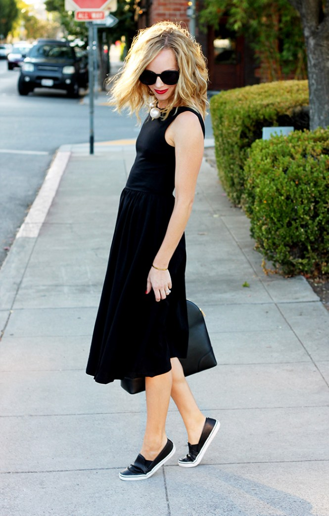 Asos dress, perforated flats, karen walker sunglasses, casual dress, black in summer