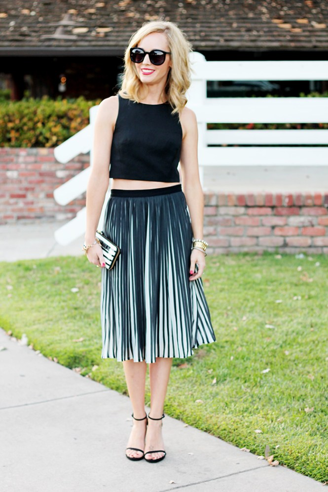 tibi crop top, karen walker super duper, crop top with skirt, pleated skirt, piperlime pleated skirt, black and white outfit ideas, stuart weitzman nudist, MAC riri woo, kate spade wallet, kate spade striped wallet