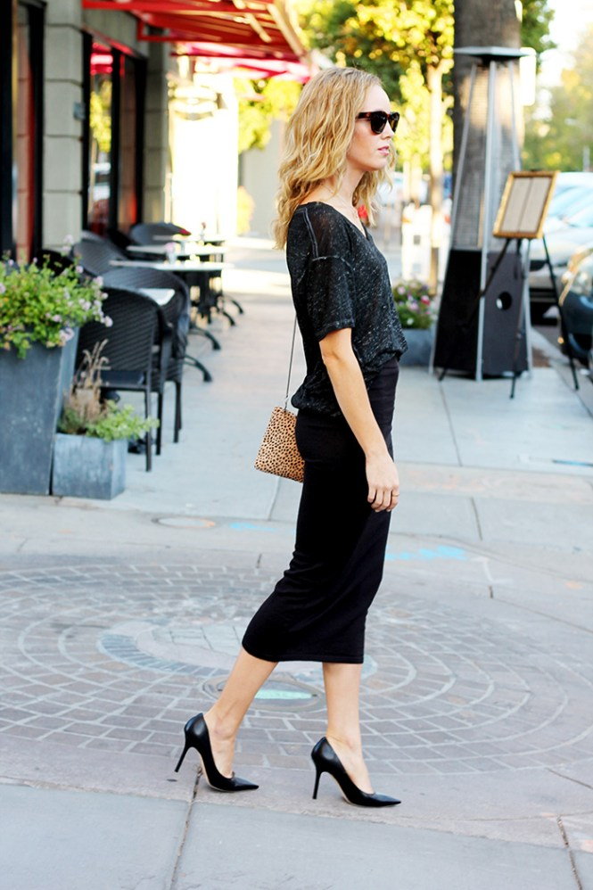 fall style, casual outfit ideas, fall skirts, zara fall skirt, leith shirt, jimmy choo pumps, leopard bag