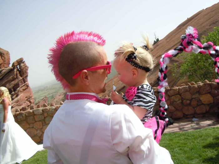 Pink Mohawk for the boys Yvonnes Wedding