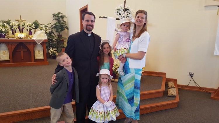 Pastor Benjamin Tomczak and his family.