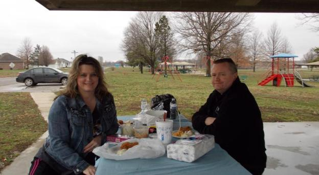 Beth and Ray Jones on picnic