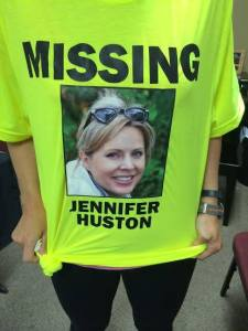 T-shirt to find Jennifer