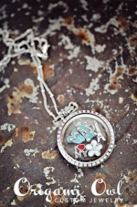 Origami Owl jewelry http://www.trying2staycalm.com/2012/02/origami-owl-custom-jewelry-50-giveaway.html