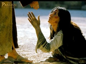The woman caught in adultery who was going to  be stoned The Passion movie