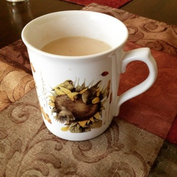 chai tea with creamer