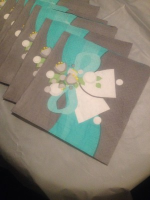 silver and aqua napkins