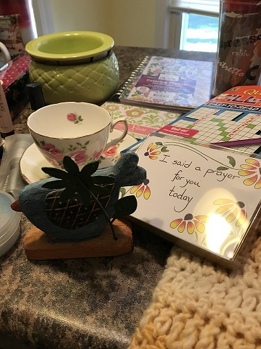 2018 planner, dip bowl, prayer note cards, bird deco