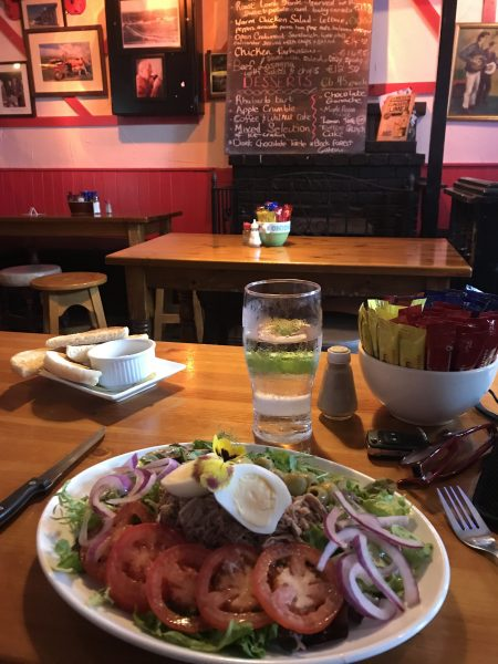 tuna salad at pub