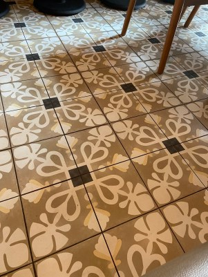 Pretty cafe floor tile