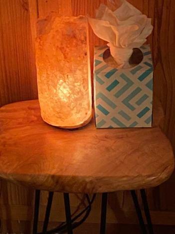salt lamp in Leah's bedroom