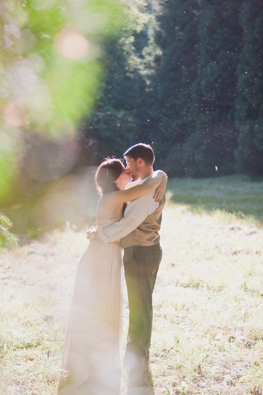 Liz-matt-DIY-harry-potter-farm-wedding-Camas-Washington-Betholsoncreative-012