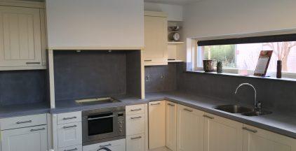 Beton Ciré aanrechtblad en achterwand keuken