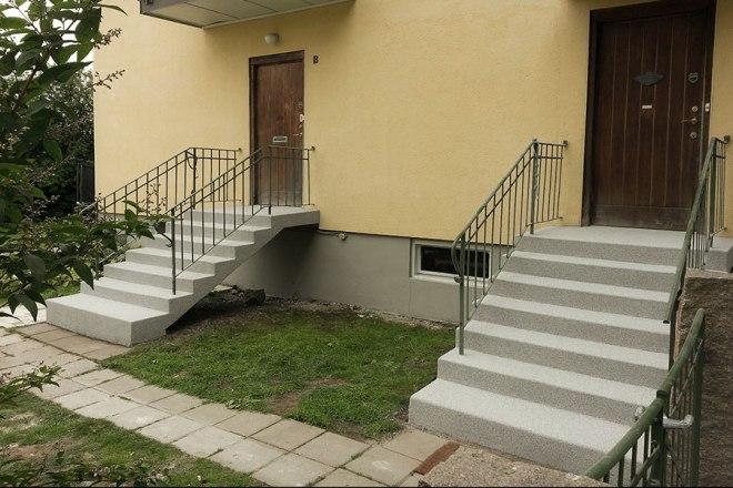 Renoverade entrétrappor av betong