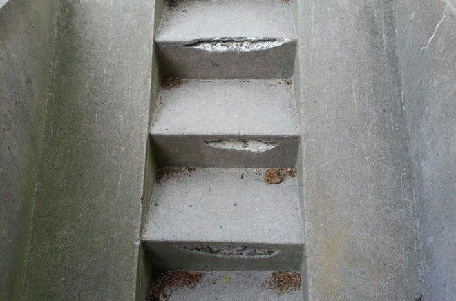Skador på källartrappa
