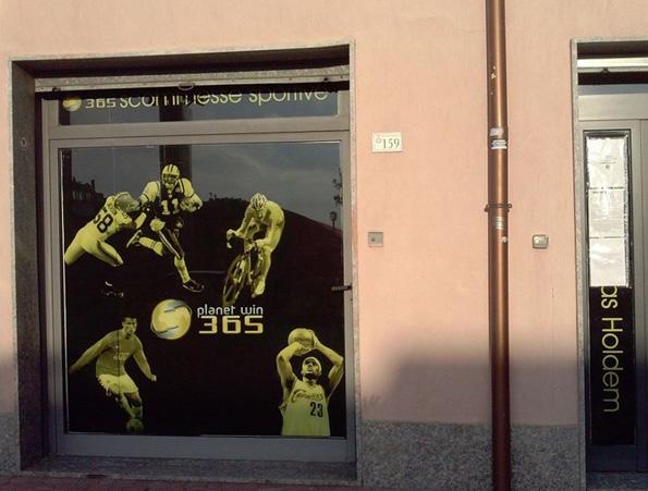 Salerno, chiuso un centro scommesseche operava per conto di