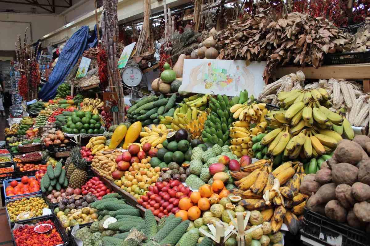 Obst, Gemüse und Co. auf dem Markt von Funchal, Madeira