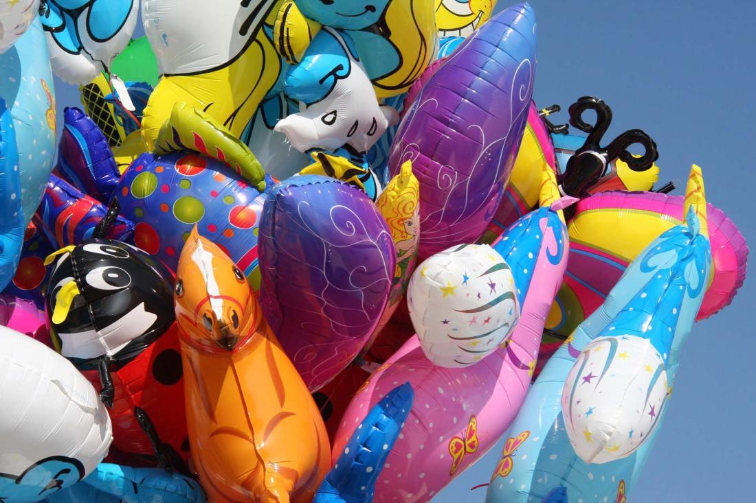 Bunte Luftballons auf dem Münchner Oktoberfest