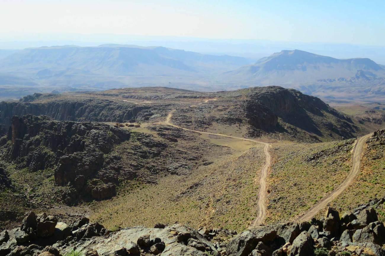 Das Atlasgebirge mit gigantischem Blick auf die umliegende Natur