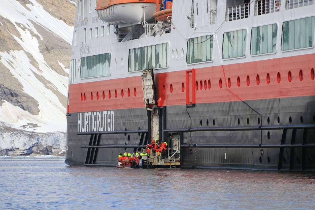 Arnau Ferrer: Die Hurtigruten in Spitzbergen